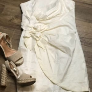 Gorgeous White sleeveless dress from Cache, Size10